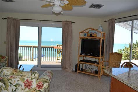 gulf front shoreview beach house unit  manasota key