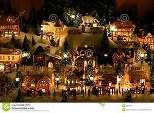 Village De Noel Miniature : village miniature de no l photo stock image du ornement 342384 ~ Teatrodelosmanantiales.com Idées de Décoration