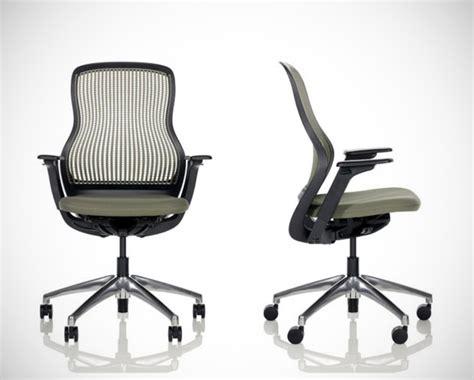 regeneration par knoll chaise de bureau formway design