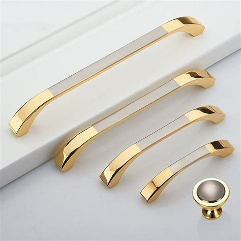 kitchen cabinet pulls and handles 796 best luxurious handles pulls images on pinterest