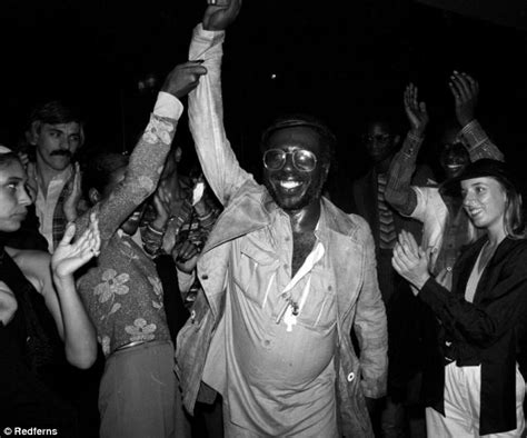 The Crazy Antics Of Studio 54 Revealed ¿ Pictures Show