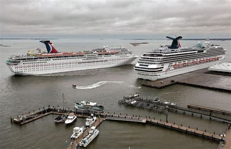 carnival crusie ship making emergency stop  port