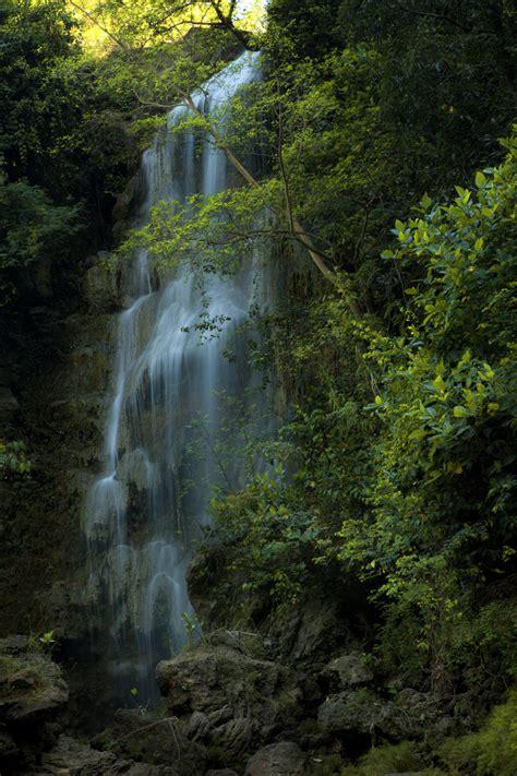 wisata jogja air terjun sri gethuk gunungkidul