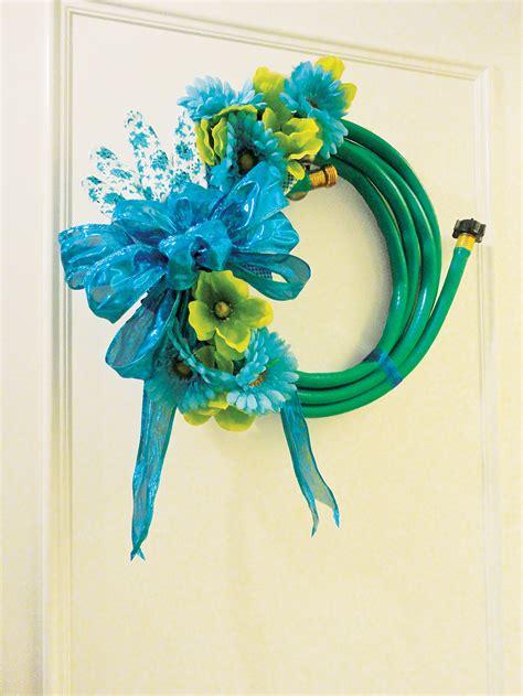 fabulous spring garden hose wreath diy home trends magazine