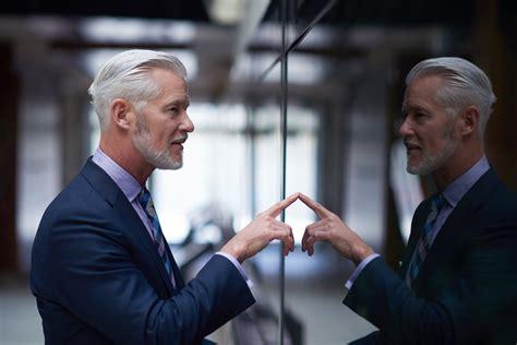 comment devenir cadre commercial comment devenir indispensable et gagner des millions cdm