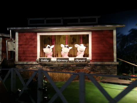 Cow Hershey Park Chocolate World
