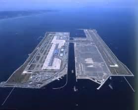 structuralia el aeropuerto construido sobre una isla