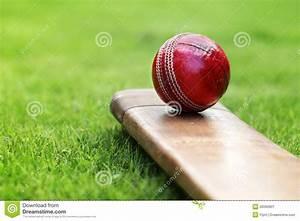Cricket Bat And Ball Stock Image - Image: 26560801