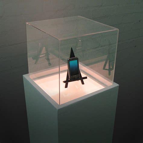 art estuff  lightbox display plinth