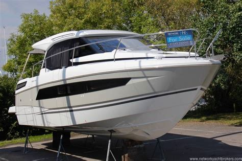 Jeanneau Motor Boats For Sale by Jeanneau Nc 33 For Sale Uk Jeanneau Boats For Sale