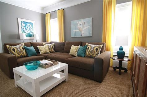 I Love The Gray Walls, Brown Couch, And Teal Accents