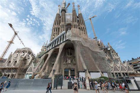 unveiled facades   sagrada familia