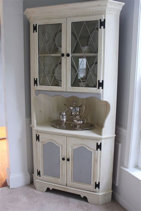 shabby chic dining room storage 1000 images about dining room on pinterest shabby chic eclectic dining rooms and corner cabinets