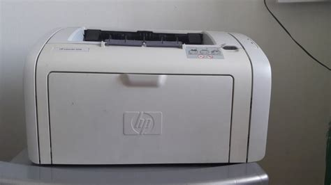 Connecting the usb cable 1. HP LaserJet 1018
