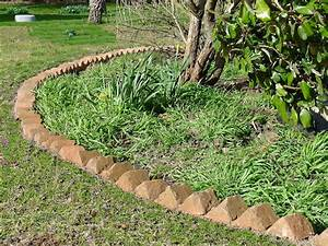 Sawtooth, Brick, Edging, For, Garden, Paths, And, Borders