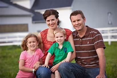 Portrait Farm Children Parents Team Members Loading