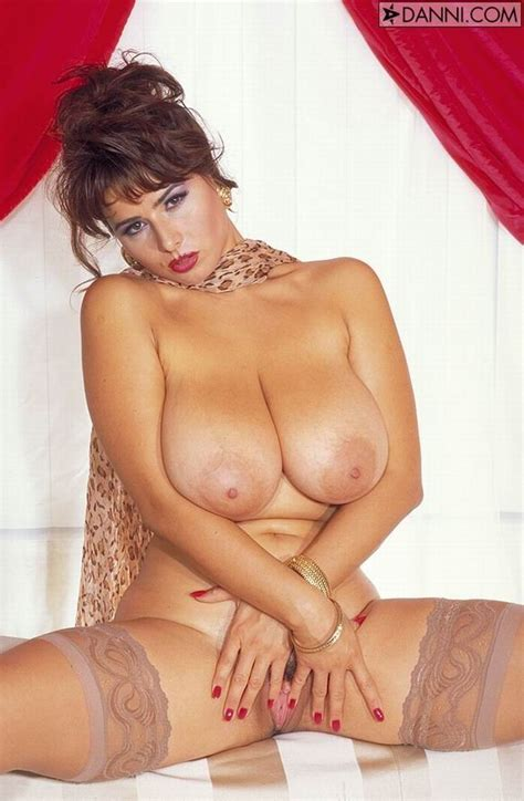 Busty Chloe Vevrier In Tan Stockings Spreading Her Legs Pichunter