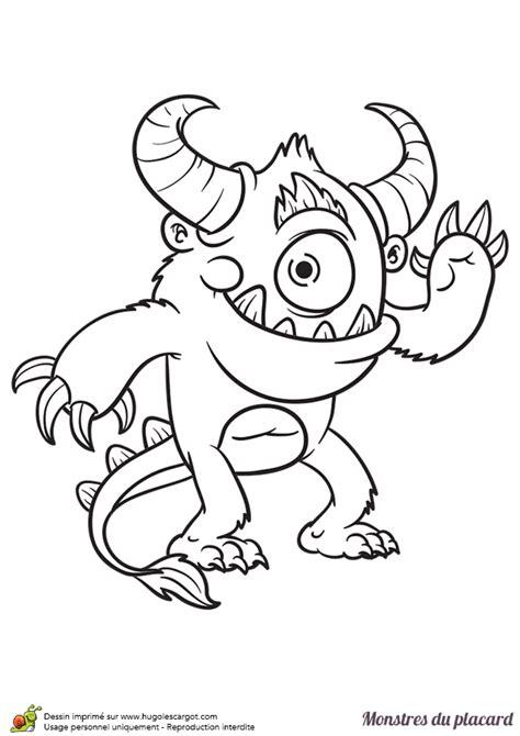 coloriage de monstre a imprimer coloriage des monstres cach 233 s dans le placard le monstre attrape moi hugolescargot