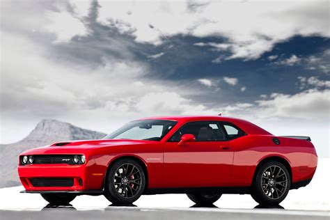 2015 Dodge Challenger Srt Hellcat Is A Beast With Over 600