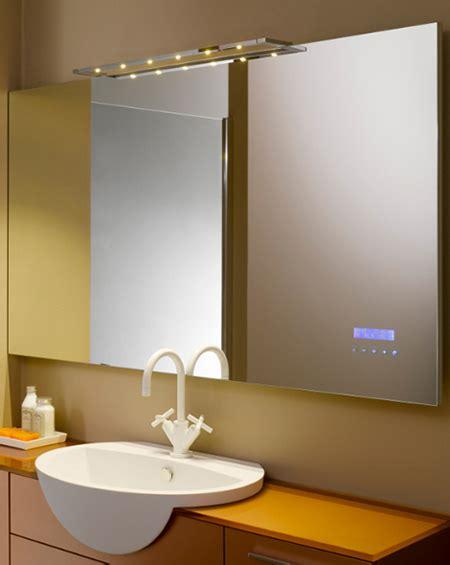 mp3 salle de bain un miroir lecteur mp3 pour une salle de bain design