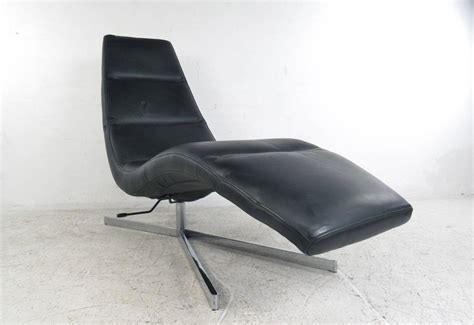 modern leather chaise longue modern leather chaise lounge swivel lounge chair
