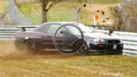 nissan skyline gt   crashes   nurburgring