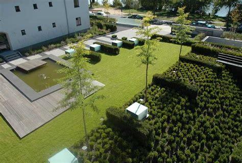 Auf Tiefgarage Pflanzen by Hirsch Gartenplanung Gartenprojekte