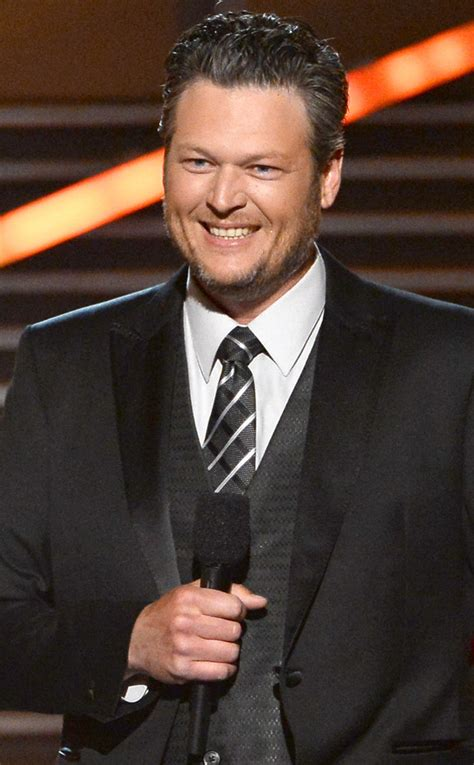 blake shelton height in feet blake shelton height weight biceps body statistics