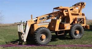 1984 Lull Highlander 844 Telehandler