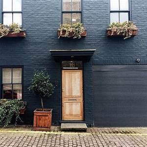 Pros and Cons: Painted Brick ExteriorsBECKI OWENS
