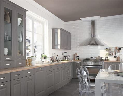 castorama peinture cuisine peindre ses meubles de cuisine travaux com