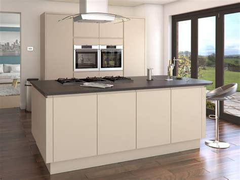cuisine couleur beige comment incorporer la couleur cappuccino dans votre maison archzine fr
