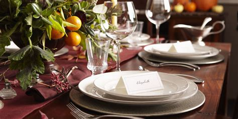 dinner table decorations for dinner parties this is the exact time you should always leave a dinner party