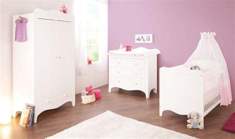 chambre bébé but chambre taupe et blanc casse