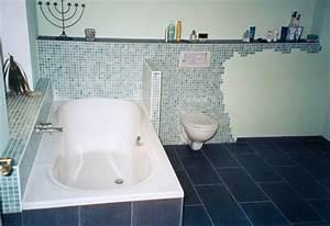 Badsanierung Kosten Beispiele : badezimmer sanieren kosten ~ Indierocktalk.com Haus und Dekorationen