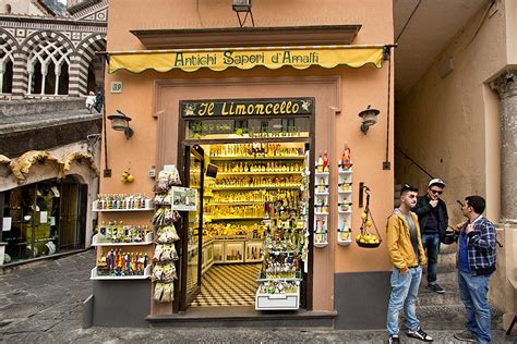 shopping in italy 5 items to bring back home must buys venuelust easy italian recipes for quick meals culinary tours to italy led by a native italian