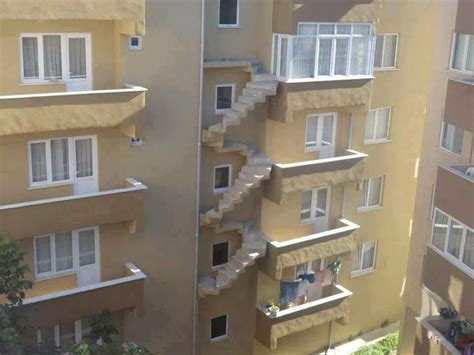 Construction Fails, Architects And Architecture