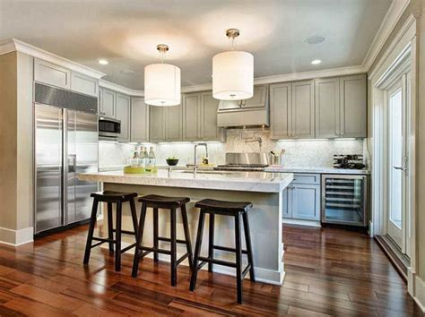 white kitchen cabinets with wood floors kitchen how to make glazed white kitchen cabinets 961 | How to make Glazed White Kitchen Cabinets with wooden floor