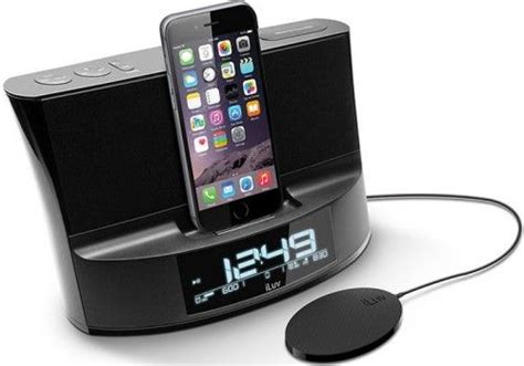 iphone 6 alarm clock dock iluv timeshakerablk timeshaker dual alarm clock lightning