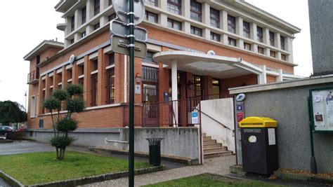 bureau de poste rambouillet travaux au bureau de poste 1 place andr thom et jacqueline thom patenotre rambouillet