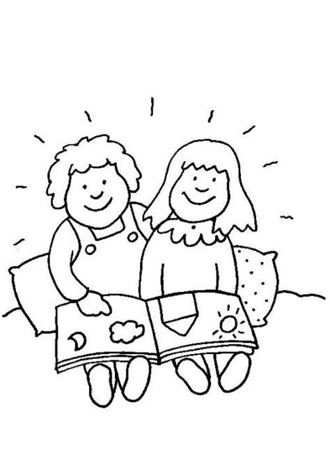 kostenlose malvorlage rund ums spielen kinder mit bilderbuch zum ausmalen
