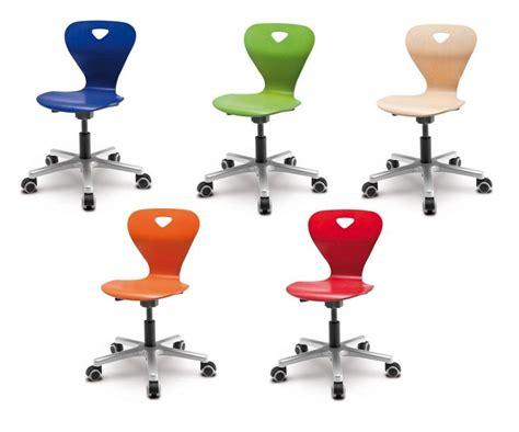 bonne chaise de bureau choisir une chaise de bureau pour enfant nos conseils