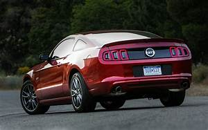 2013 Ford Mustang Reviews and Rating | Motor Trend