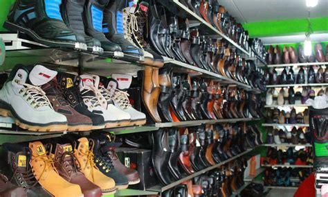 cari sepatu dibandung tempat wisata belanja cibaduyut
