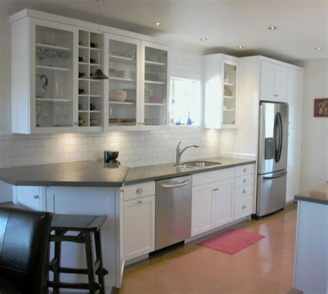 Kitchen Glass Cupboards by 28 Kitchen Cabinet Ideas With Glass Doors For A Sparkling