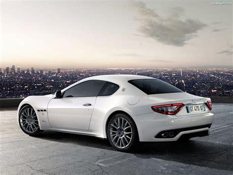 Maserati Gran Turismo S Na Pulpit
