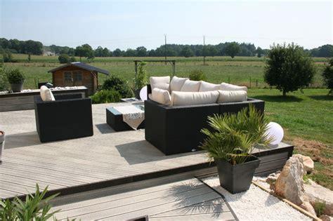 comment poser une cuisine aménagement d 39 une terrasse en bois composite gris