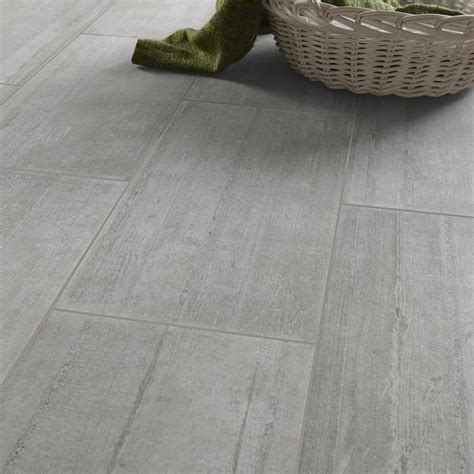 carrelage imitation parquet gris clair carrelage sol et mur gris clair effet b 233 ton industry l 30 x l 60 cm leroy merlin