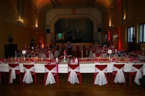 comment habiller ces chaises horribles salles et d 233 corations mariage forum vie pratique