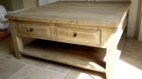 grande table basse carr 233 e de style rustique en bois massif table basse woods